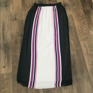 Super Long Maxi Skirt with Side Slit Size Medium